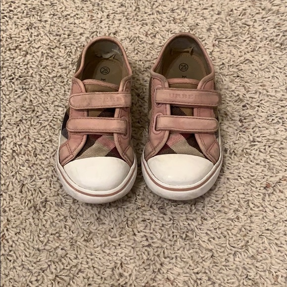 Burberry Shoes   Burberry Girl Shoes